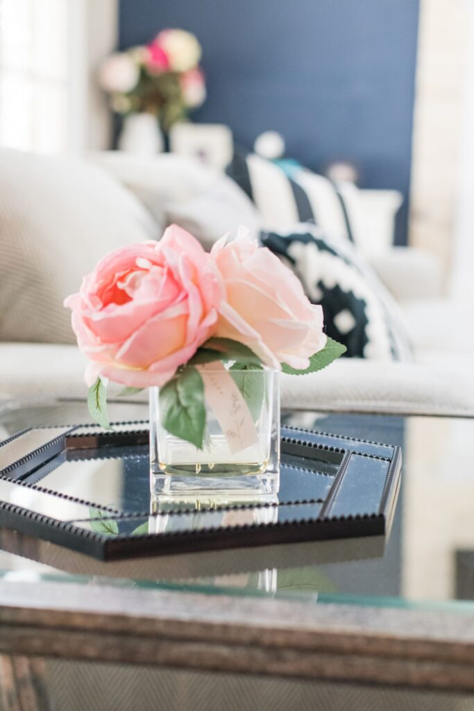 10 Tips For Decorating Your Coffee Table